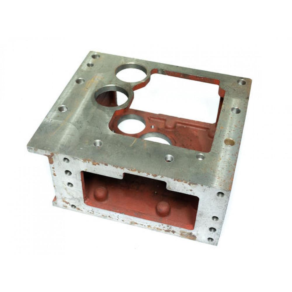 XT224 Корпус КПП промежуточный (52 мм)
